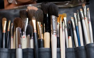 How To Become A Makeup Artist Assistant