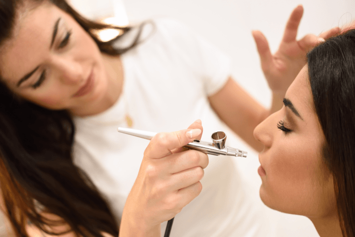 The Best Airbrush Makeup Kit Reviews